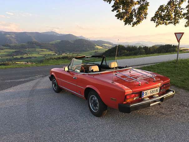 verkauft fiat 124 spider cabrio road gebraucht 1980. Black Bedroom Furniture Sets. Home Design Ideas