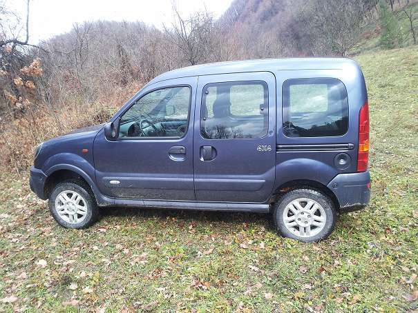 verkauft renault kangoo kc gebraucht 2004 km in kitzb hel. Black Bedroom Furniture Sets. Home Design Ideas