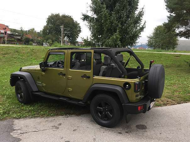 verkauft jeep wrangler jk unlimited sp gebraucht 2008 km in klagenfurt. Black Bedroom Furniture Sets. Home Design Ideas