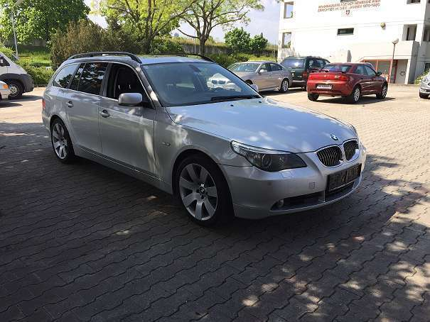 verkauft bmw 530 5er reihe xd allrad k gebraucht 2006 km in wien. Black Bedroom Furniture Sets. Home Design Ideas