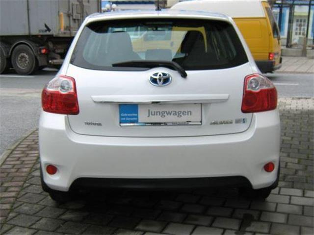verkauft toyota auris 1 8 vvt i hybrid gebraucht 2011 km in ilz. Black Bedroom Furniture Sets. Home Design Ideas