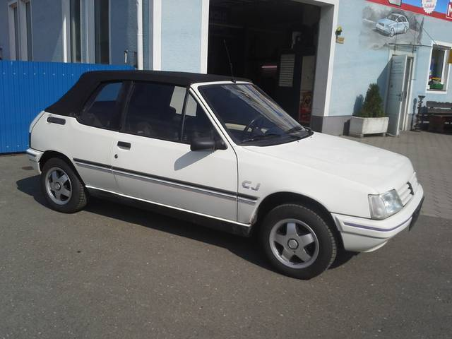 verkauft peugeot 205 cabrio cj gebraucht 1991 km in st lorenzen kni. Black Bedroom Furniture Sets. Home Design Ideas