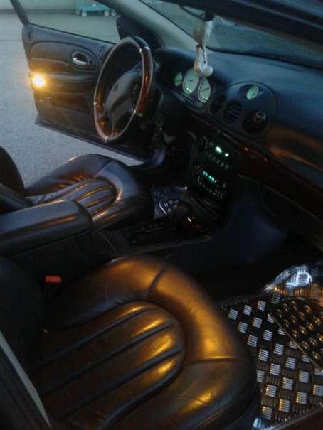verkauft chrysler 300m 3 5 limousine gebraucht 2000 189. Black Bedroom Furniture Sets. Home Design Ideas