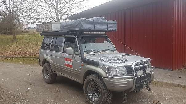 verkauft hyundai galloper offroad 4x4 gebraucht 1999. Black Bedroom Furniture Sets. Home Design Ideas
