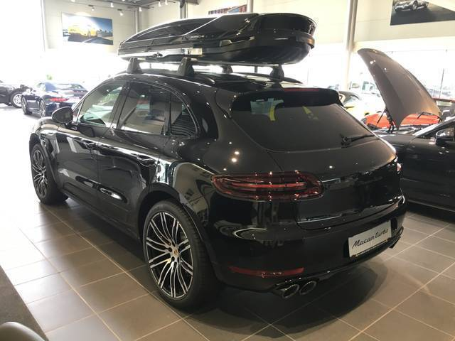verkauft porsche macan turbo 3 6 pdk gebraucht 2017 0 km. Black Bedroom Furniture Sets. Home Design Ideas