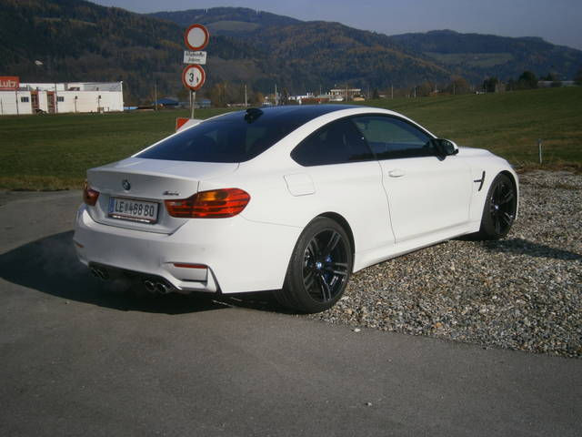 verkauft bmw m4 coupe gebraucht 2015 km in leoben. Black Bedroom Furniture Sets. Home Design Ideas