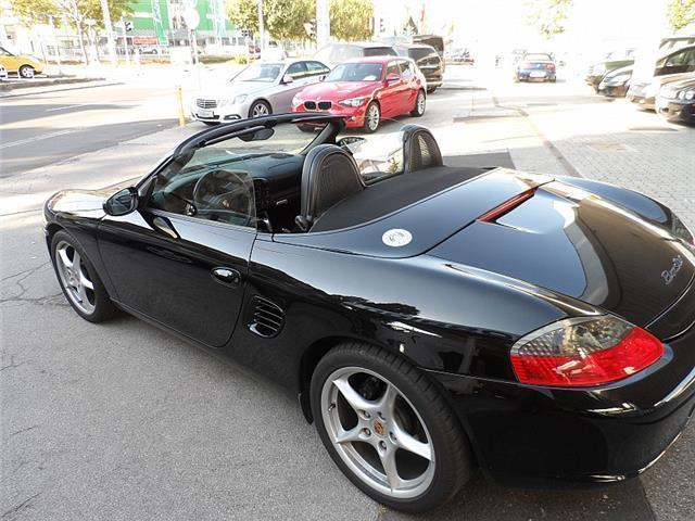 verkauft porsche boxster nur 99 tkm gebraucht 2003 km in linz. Black Bedroom Furniture Sets. Home Design Ideas