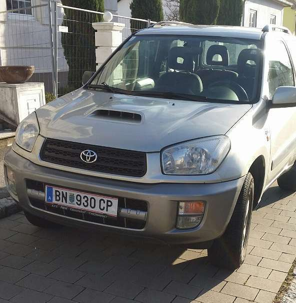 verkauft toyota rav4 2 0 d 4d 4wd suv gebraucht 2002 km in leobersdorf. Black Bedroom Furniture Sets. Home Design Ideas
