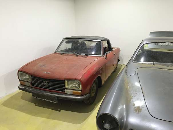 verkauft peugeot 304 cabriolet cabrio gebraucht 1972. Black Bedroom Furniture Sets. Home Design Ideas