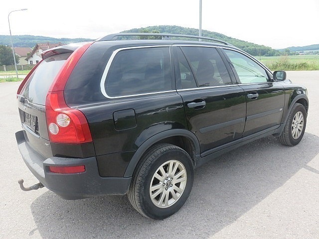 gebraucht d5 kinetic awd volvo xc90 2006 km in. Black Bedroom Furniture Sets. Home Design Ideas