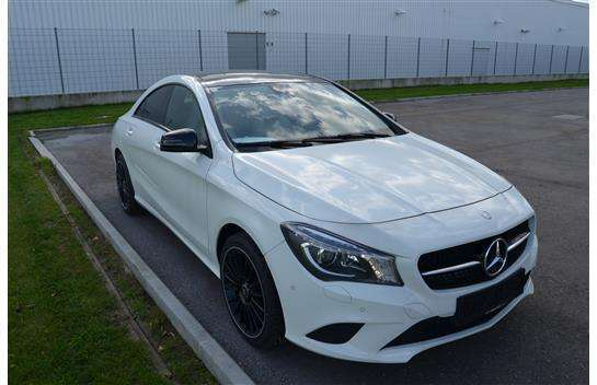 verkauft mercedes cla220 cla klassecdi gebraucht 2015 km in wien. Black Bedroom Furniture Sets. Home Design Ideas