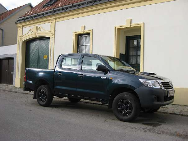 verkauft toyota hilux dk country 4x4 2 gebraucht 2012 km in wien. Black Bedroom Furniture Sets. Home Design Ideas