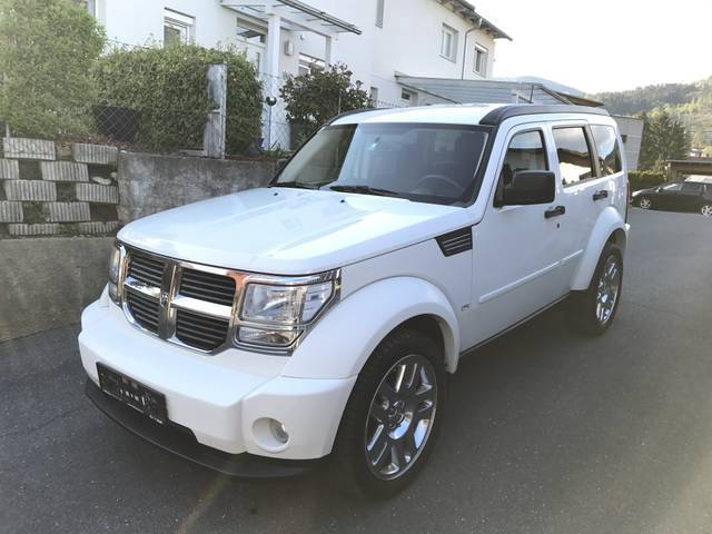 verkauft dodge nitro 2 8 crd sxt slt s gebraucht 2008 km in villach. Black Bedroom Furniture Sets. Home Design Ideas