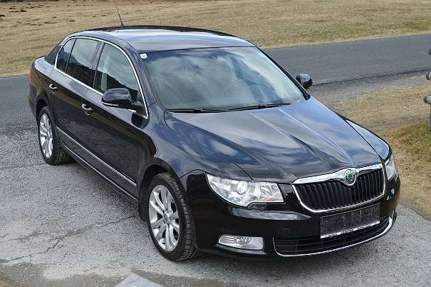 verkauft skoda superb 4x4 elegance cr gebraucht 2009. Black Bedroom Furniture Sets. Home Design Ideas