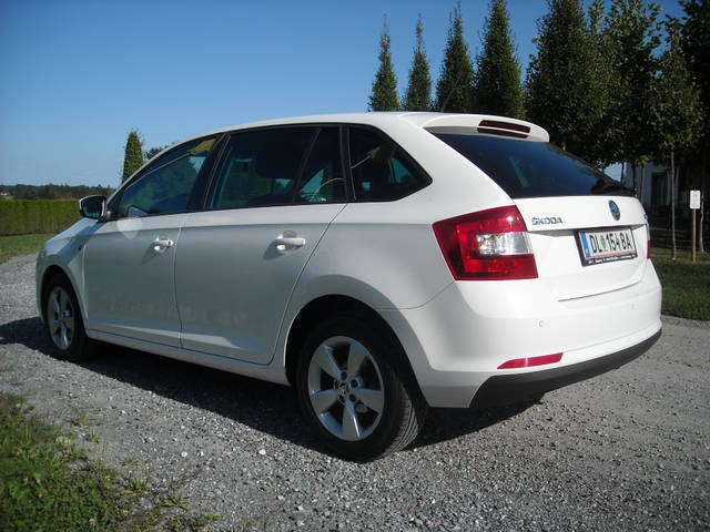 verkauft skoda rapid spaceback 1 6 4zy gebraucht 2014 km in deutschlandsberg. Black Bedroom Furniture Sets. Home Design Ideas