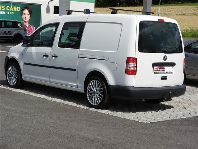 verkauft vw caddy maxi caddy maxi doka gebraucht 2011 km in wernberg. Black Bedroom Furniture Sets. Home Design Ideas