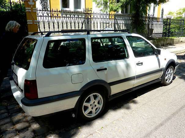 verkauft vw golf iii variant 1 9 tdi k gebraucht 1997 km in wien. Black Bedroom Furniture Sets. Home Design Ideas