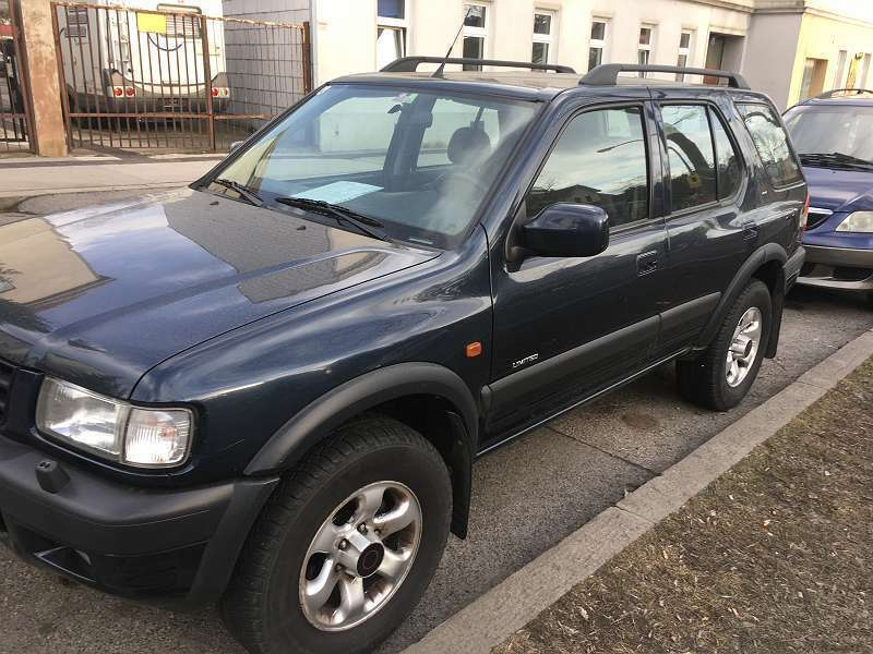 verkauft opel frontera 3 2 liter allra gebraucht 2002 km in wien. Black Bedroom Furniture Sets. Home Design Ideas