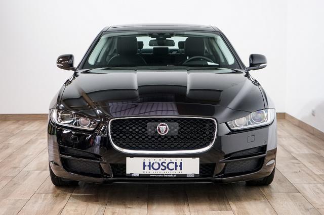 verkauft jaguar xe prestige aut acc n gebraucht 2016. Black Bedroom Furniture Sets. Home Design Ideas