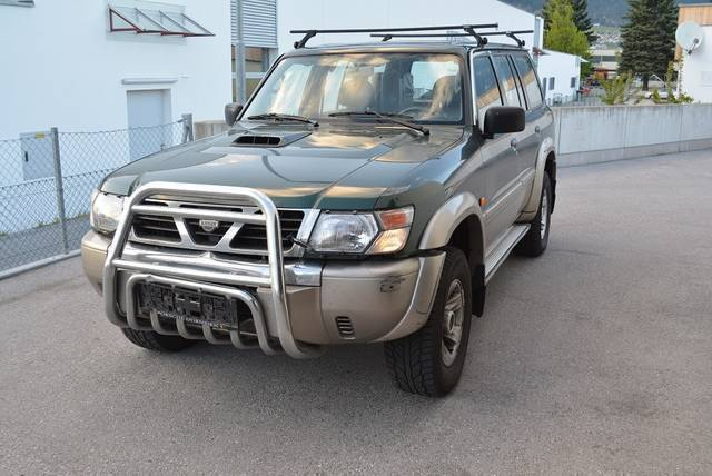 verkauft nissan patrol gr wagon 3 0 16 gebraucht 2001 km in korneuburg. Black Bedroom Furniture Sets. Home Design Ideas