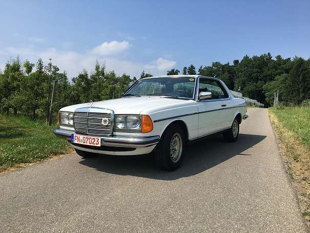 verkauft mercedes 280 mercedes benz w1 gebraucht 1978 km in bregenz. Black Bedroom Furniture Sets. Home Design Ideas