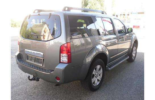 verkauft nissan pathfinder 2 5 dci le gebraucht 2005 km in steyr. Black Bedroom Furniture Sets. Home Design Ideas