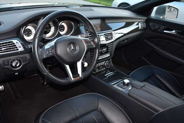 verkauft mercedes cls350 kombi gebraucht 2012 km. Black Bedroom Furniture Sets. Home Design Ideas