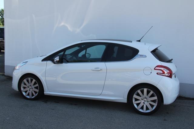 Verkauft peugeot 208 1 6 thp 200 gti g gebraucht 2014 for Peugeot 208 gti gebraucht
