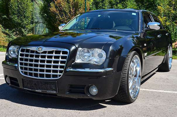 verkauft chrysler 300c 5 7 hemi 340 gebraucht 2005. Black Bedroom Furniture Sets. Home Design Ideas