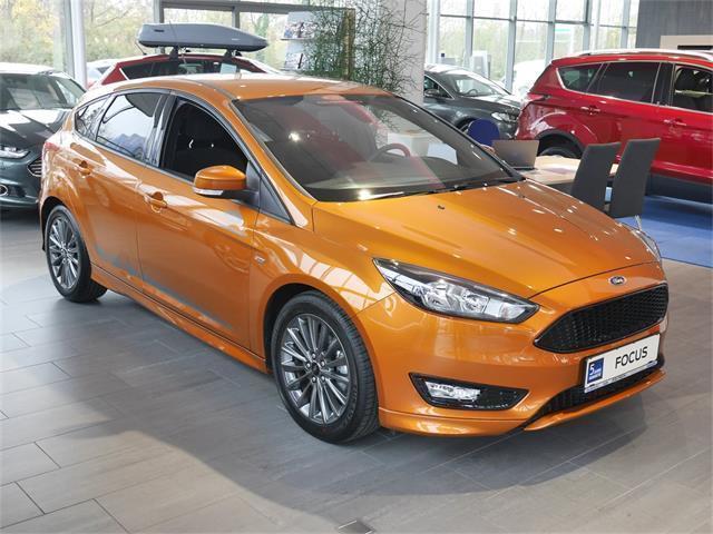 Verkauft Ford Focus St Line 125ps Ecob Gebraucht 2017 200 Km In