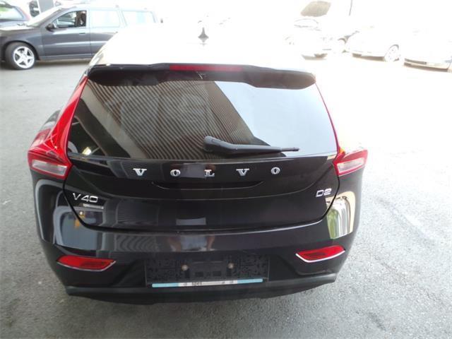 verkauft volvo v40 d2 limousine gebraucht 2014 km in thondorf bei graz. Black Bedroom Furniture Sets. Home Design Ideas