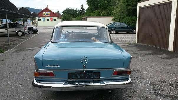 verkauft mercedes 200 w110 limousine gebraucht 1966 km in proleb. Black Bedroom Furniture Sets. Home Design Ideas