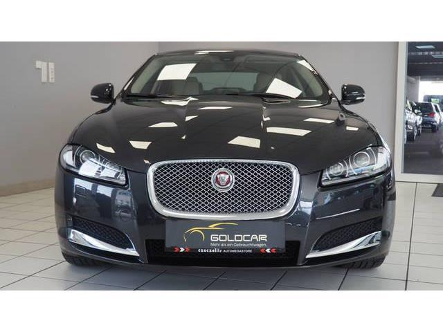 verkauft jaguar xf 2 2 diesel luxury gebraucht 2014 35. Black Bedroom Furniture Sets. Home Design Ideas