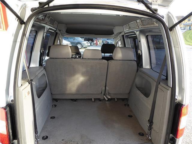verkauft vw caddy 1 9 tdi 7 sitzer typ gebraucht 2005. Black Bedroom Furniture Sets. Home Design Ideas