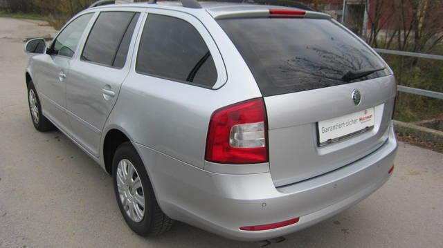 Verkauft skoda octavia combi 1 6 tdi c gebraucht 2012 for Auto stockerau