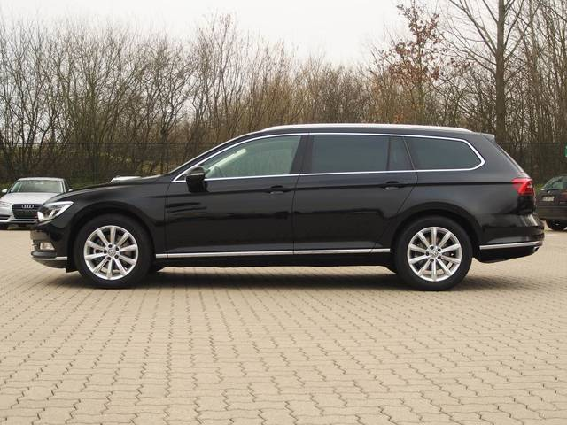 verkauft vw passat variant highline 2 gebraucht 2017 20 km in kitzb hel. Black Bedroom Furniture Sets. Home Design Ideas