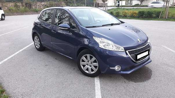 verkauft peugeot 208 active 1 4 hdi 68 gebraucht 2013 km in m dling. Black Bedroom Furniture Sets. Home Design Ideas