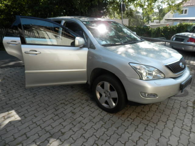 verkauft lexus rx300 president 4wd suv gebraucht 2005 km in graz. Black Bedroom Furniture Sets. Home Design Ideas