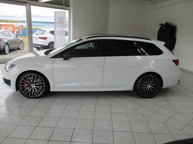 verkauft seat leon st cupra 2 0 tsi ds gebraucht 2016 500 km in f rstenfeld. Black Bedroom Furniture Sets. Home Design Ideas