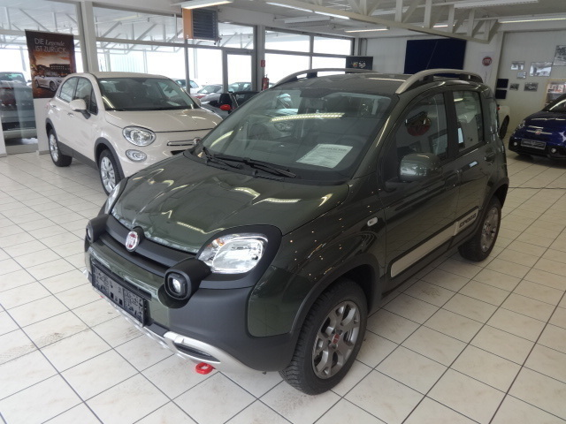 verkauft fiat panda cross 4x4 1 3 mjet gebraucht 2016 5 km in judenburg. Black Bedroom Furniture Sets. Home Design Ideas
