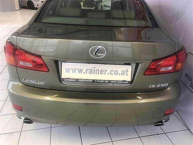 verkauft lexus is250 business smt limo., gebraucht 2006, 111.000 km
