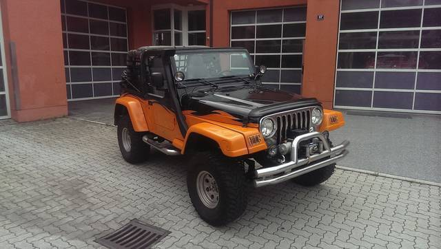 verkauft jeep wrangler 4 0 sahara top gebraucht 2003 km in bischofshofen. Black Bedroom Furniture Sets. Home Design Ideas