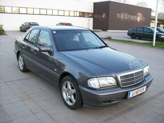 gebraucht diesel automatik limousine mercedes c220 1997 km in graz. Black Bedroom Furniture Sets. Home Design Ideas