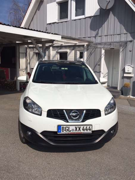 verkauft nissan qashqai tekna 1 6 star gebraucht 2012 km in freilassing. Black Bedroom Furniture Sets. Home Design Ideas