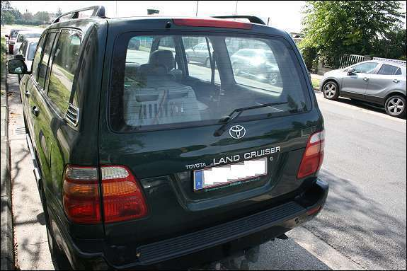 verkauft toyota land cruiser j10 4 2td gebraucht 1999 km in wien. Black Bedroom Furniture Sets. Home Design Ideas
