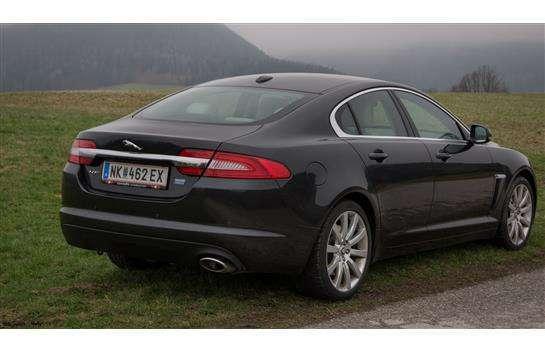 verkauft jaguar xf 2 2 diesel premium gebraucht 2012. Black Bedroom Furniture Sets. Home Design Ideas