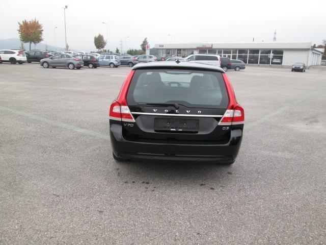 verkauft volvo v70 d3 momentum geartro gebraucht 2014 km in linz leonding. Black Bedroom Furniture Sets. Home Design Ideas