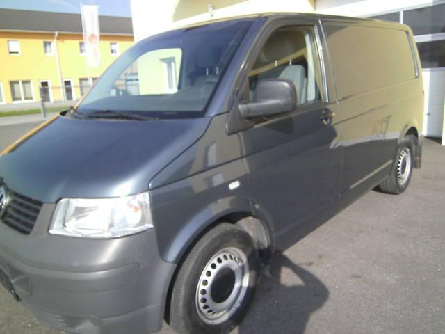 verkauft vw transporter t5 kastenwagen gebraucht 2005. Black Bedroom Furniture Sets. Home Design Ideas