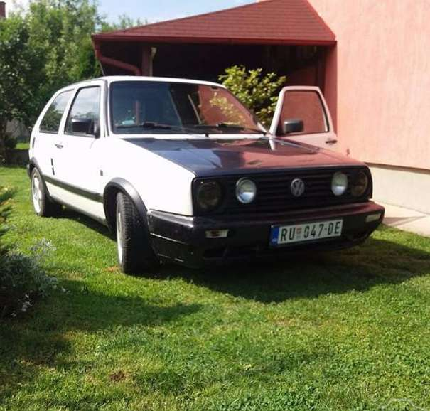 verkauft vw golf 1 8 gti 16v klein k gebraucht 1988 km in eugendorf. Black Bedroom Furniture Sets. Home Design Ideas