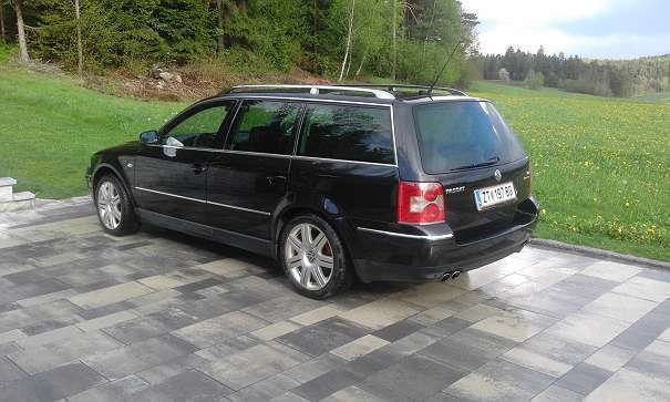 verkauft vw passat w8 kombi gebraucht 2001 km in. Black Bedroom Furniture Sets. Home Design Ideas
